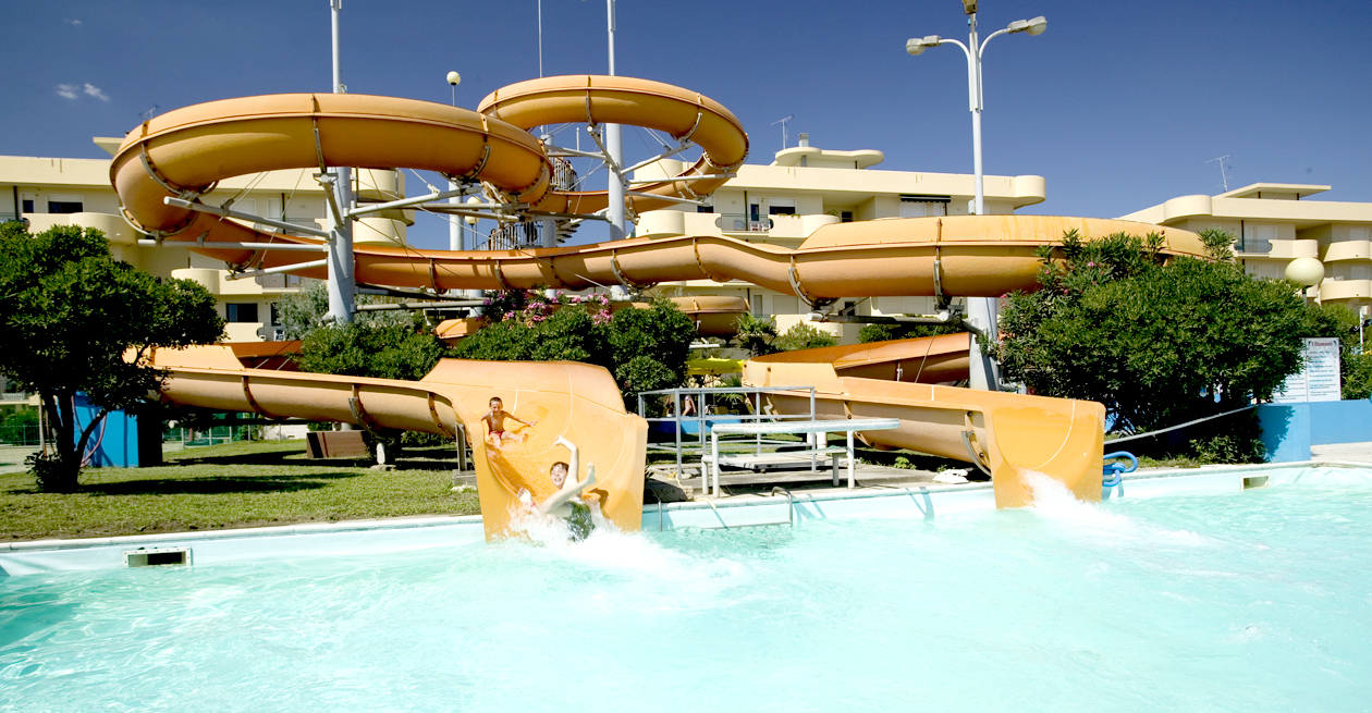 Slide home02 hotel atlas cesenatico